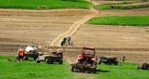 teren-agricultura[1]