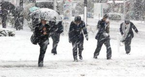 gust-snow blizzard