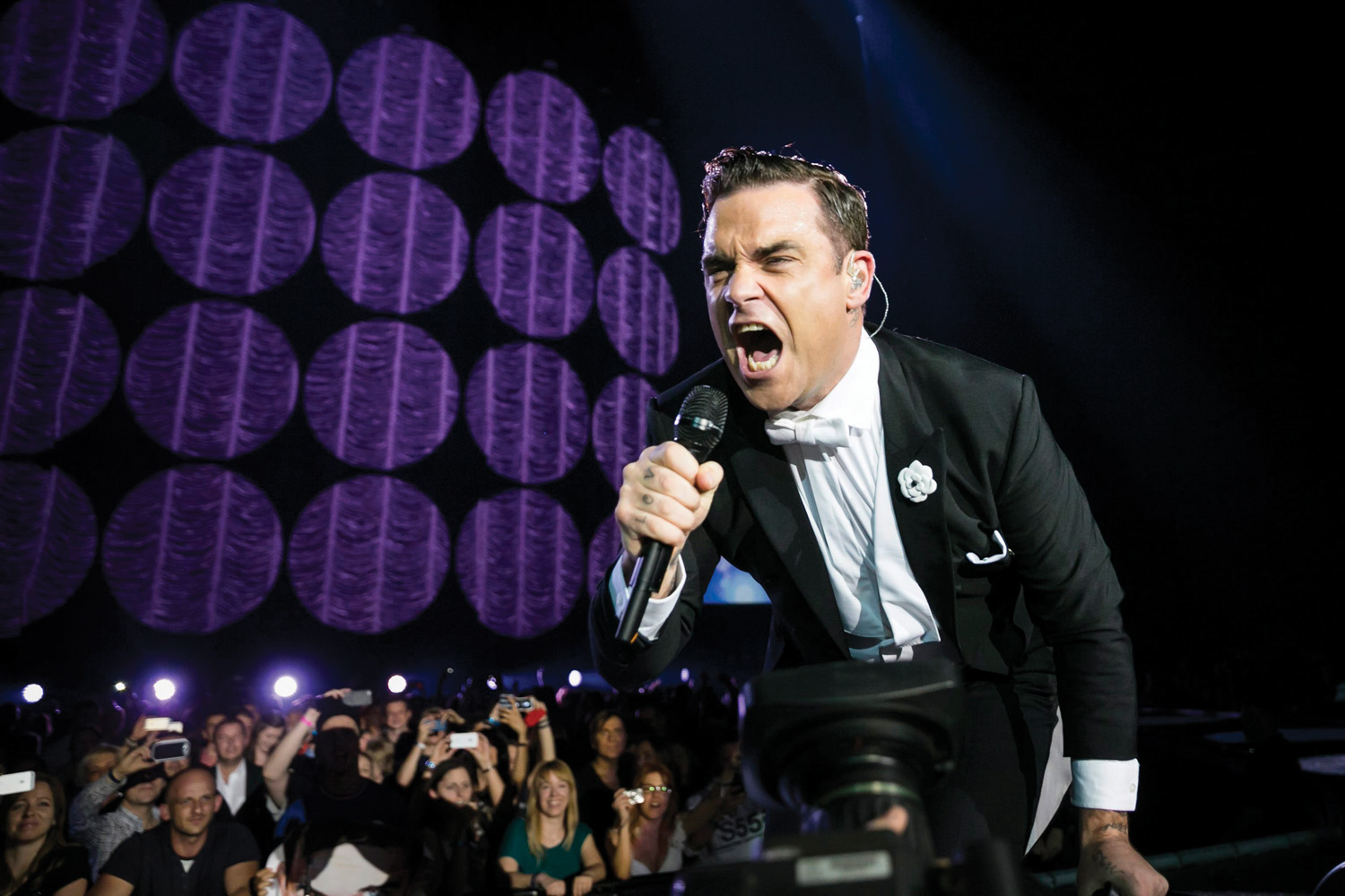 Robbie Williams Gig In Bucharest Confirmed On July 17