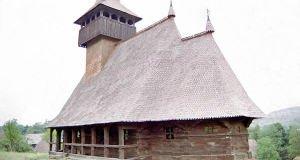 biserica-de-lemn-din-cizer
