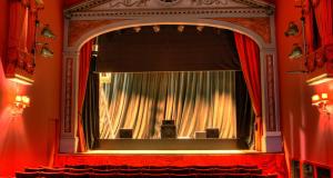 Theatre1[1]