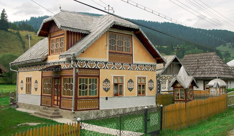 The Romanian Village Where Tradition Is Imprinted On The Walls Of The House The Romania Journal