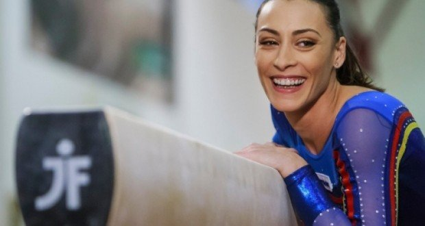 Romanian Women Gymnast Catalina Ponor 100