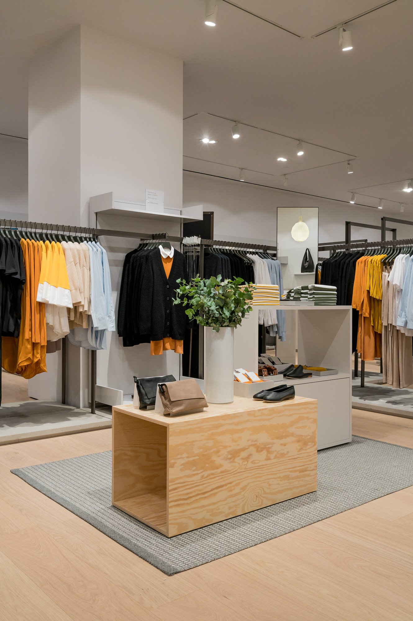 cos collection of style premium brand of swedish clothing retailer hum hennes u mauritz opened the second store in romania within baneasa shopping