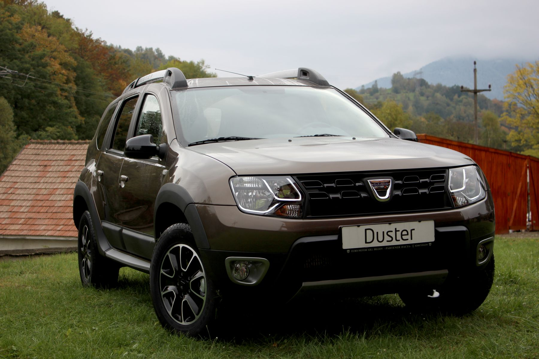 renault recalls over 2 000 dacia duster cars in service the romania journal. Black Bedroom Furniture Sets. Home Design Ideas