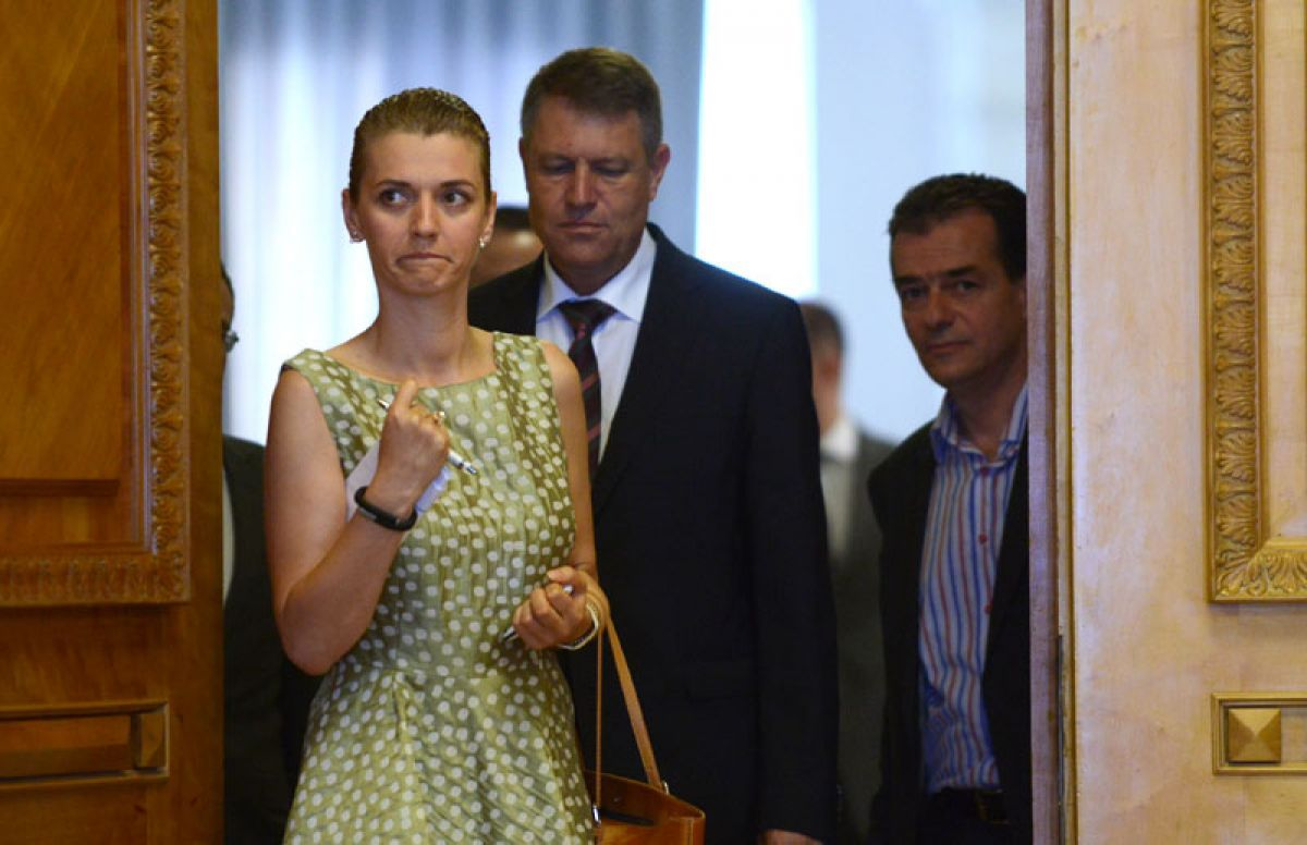 Alina Gorghiu replaces Klaus Iohannis at PNL helm – The Romania Journal