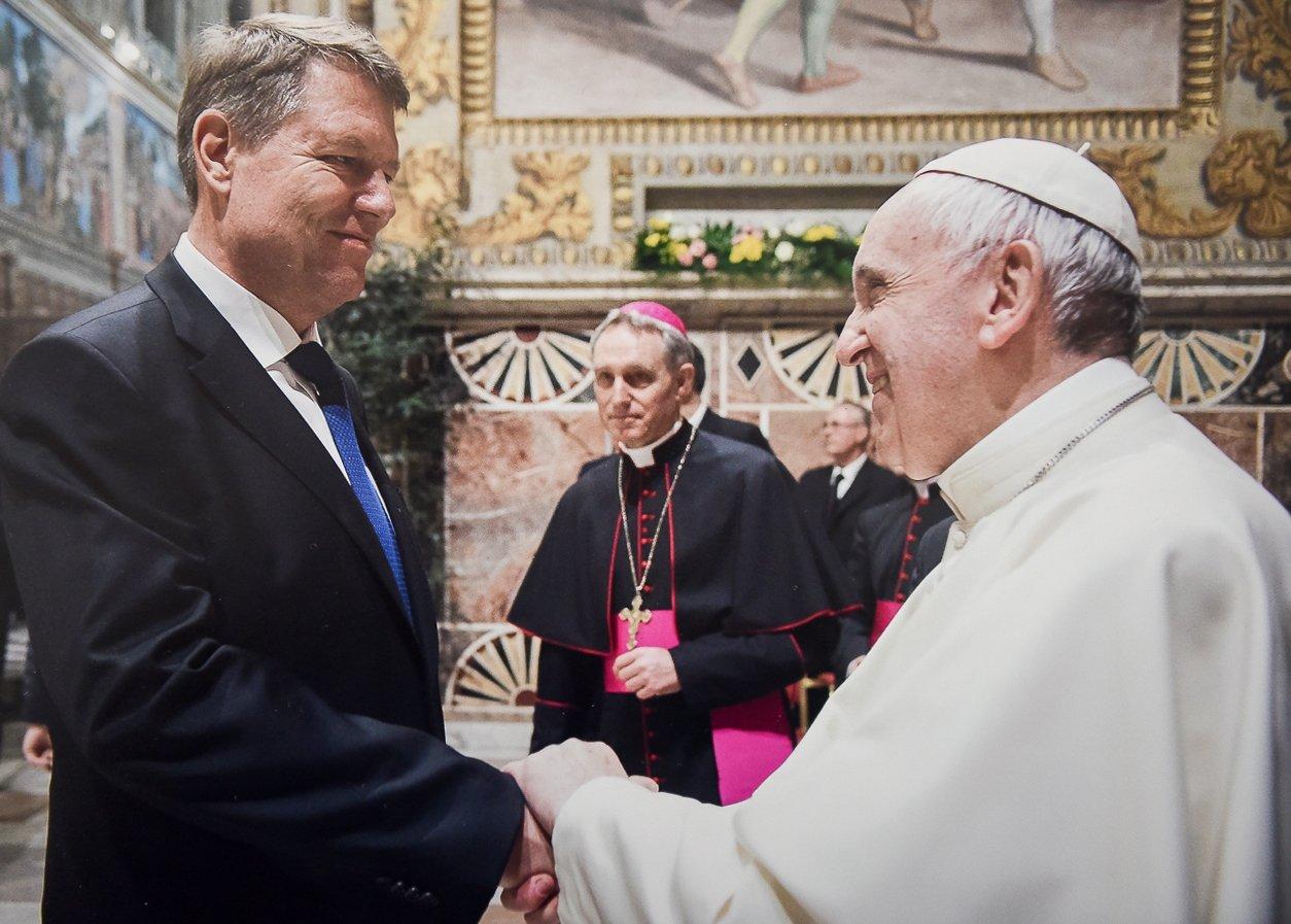 34cb2eb299 Pope Francis